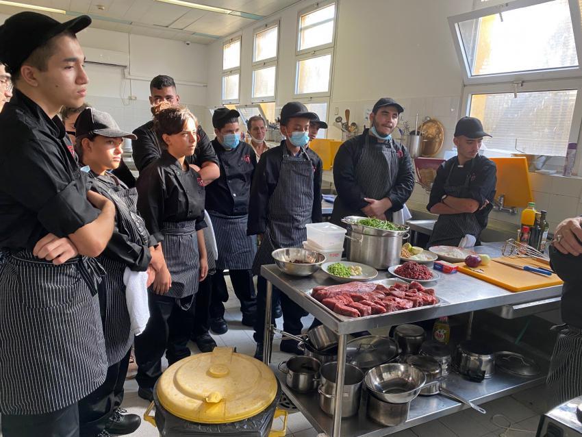 בית הספר לבישול - שיעור ראשון